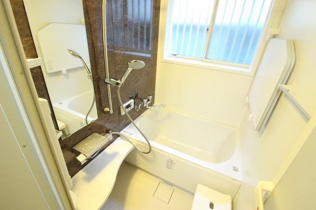 雨漏れ改善!お風呂・トイレ設備入れ替えリフォーム