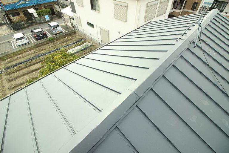 瓦が劣化した屋根の葺き替え工事 京都市伏見区