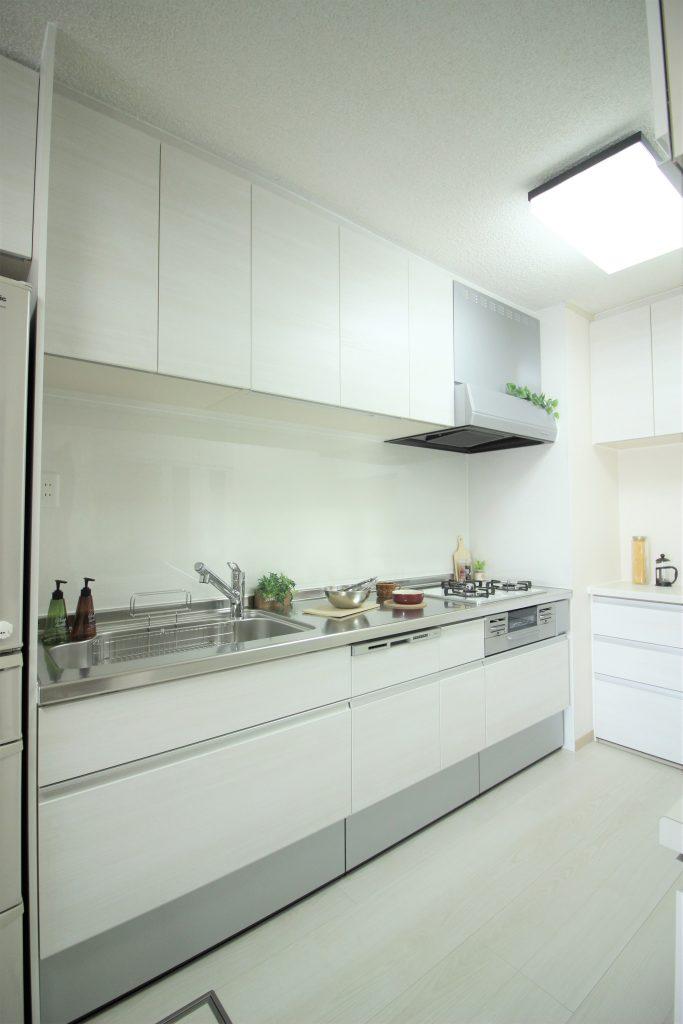 白を基調としたさわやかなお部屋 京都市中京区