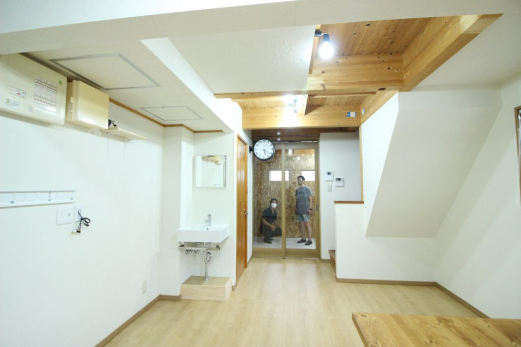 《パーティクルボードの家》リノベーション 京都市西京区